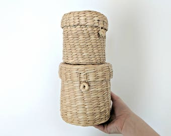 set of 2 wicker baskets | round straw nesting baskets with lid