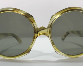 20% OFF | 1960's | Vintage Sunglasses | Cool Ray