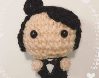 Edga Allen Poe, Author, Writer, Amigurumi, crocheted figurine, raven, tuxedo, presentidea,booklover, kawaii, doll