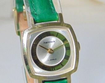 1960s chic - Hanowa women's 17 jewel gold plated watch in terrific condition FREE UK P&P