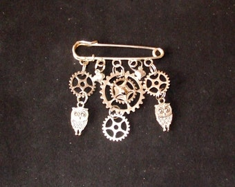 Steampunk   owls,hearts, and Cogs/Gears  Kilt pin brooch