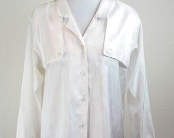 1990s Diane Von Furstenberg Blouse // Vintage Diane Von Furstenberg // 1990s Blouse // Vintage DVF Blouse // Vintage White Blouse /White Top