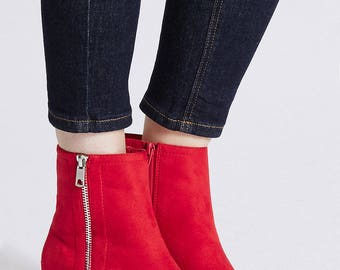 Block Heel Ankle Boots - Zip Detail Ankle Boots