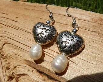 Freshwater pearl earrings/hearts/ freshwater pearls/ dangle earrings/ pearl earrings/boho wedding/pearl jewelry/designs by Rosanna