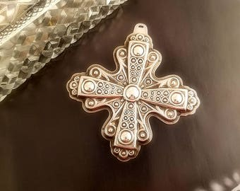 1972 Reed & Barton Sterling Silver Christmas Cross Ornament