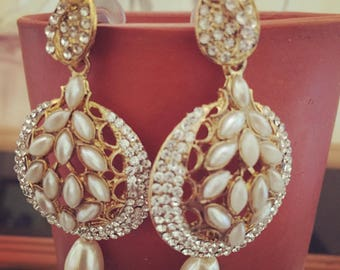 White kundan earrings. Classy. Indian. Kundan stones