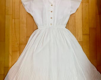 Beautiful Japanese vintage white summer dress - tea dress, sundress