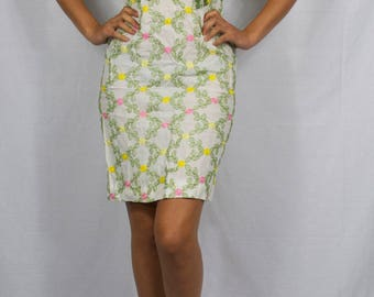 short sleeved 50's embroidered dress