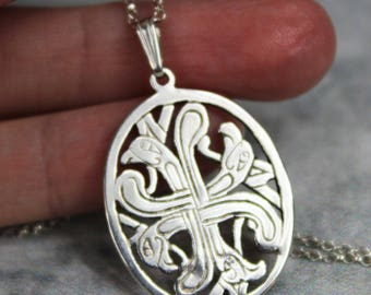 "Nice Vintage Sterling Silver 4.8g Celtic Knot Falcon or Eagle Pendant Necklace 18"" Chain Makers Mark Ireland"