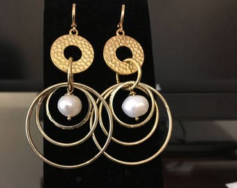 Pearls in the Hoops earrings