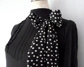 Dress black long sleeves, bottom white dots, white lace, women size M - 42