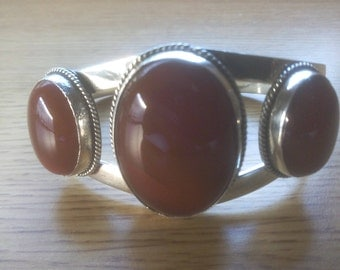 Silver Bracelet With Brown Moon Stone From India