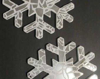 Broken Mirror White Snowflakes
