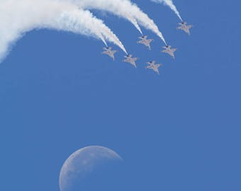 Thunderbirds - Aircraft - Fighter Jets - USAF - Moon - Unmounted Photographic Print - Various Sizes and Finishes Available