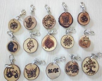 Schlüsselanhäner Wooden key pendant jewelry handmade pendant gift Valentine Birthday
