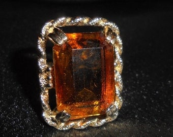 Vintage Sarah Coventry Wild Honey Amber Topaz Cut Glass Statement Cocktail Ring