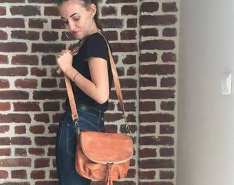 (Elegant vintage Messenger) leather shoulder bag handbag