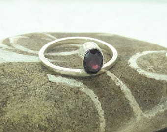 Garnet Solitaire Sterling Silver Ring/Vintage/Handmade/Free Shipping US/January Birthstone/ Christmas/Birthday/Valentine