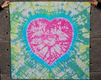 "Heart tie dye tapestry/ Bedroom decor Valentines day gift for girlfriend / Cotton boho tapestry with eyelets 47x47"" 120x120 cm"