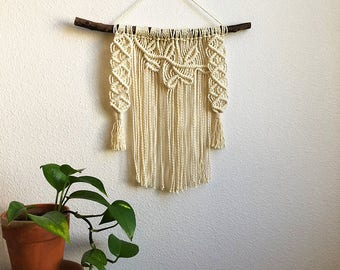 Medium Macrame Wall Hanging with Tree Branch and Leaves Pattern, Woven Wall Hanging, Boho Home Woven Tapestry, Hippie Wall Hanging Tapestry