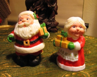 Vintage Set of Salt and Pepper Shakers Santa and Mrs Claus Plastic Hallmark circa 1980 Never Used!