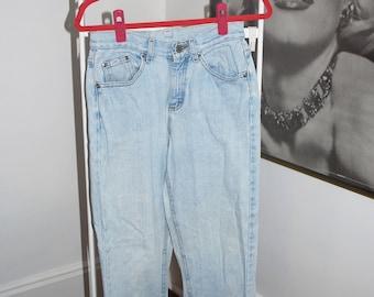 Vintage Women's High Waist Lee Jeans Size 27