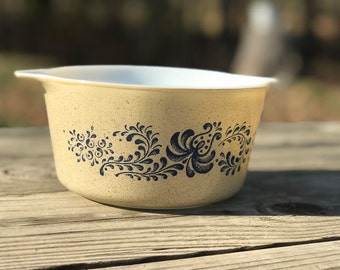 Vintage Pyrex Homestead Casserole Baking Dish - Speckled Tan and Blue Flower