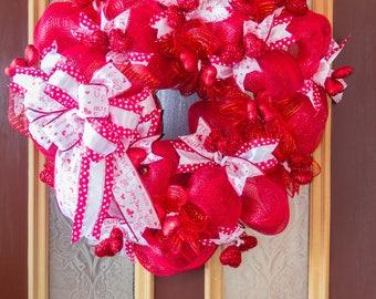 Valentine's Day Wreath, Heart Wreath, Red Heart Wreath, Valentine's Day Wreath for Front Door, Valentine's Day Wreath with Bow, Door Decor