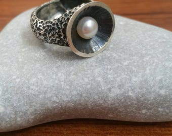 Silver ring - silver carved ring - Statement ring - Original ring - Original jewelry - Pearl ring