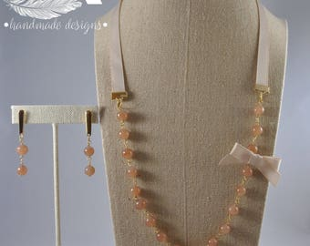 Gold filled beige jewlery set - Necklace & earrings