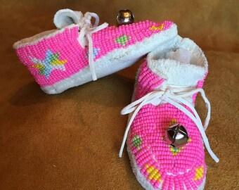 Pink Design Beaded Girls Moccasins - Size 4 - Lakota Sioux Handmade