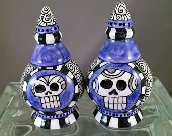 Day of the Dead Art - Hand Painted Ceramic / Pottery Salt and Pepper Shakers - by Artist Cindy Couling