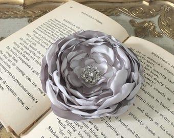 Silver Gray Flower Hair Clip.Silver Gray Flower Brooch Pin.Silver Grey Hair Accessory.hair piece.Light Gray.Light Grey.headpiece.flower girl