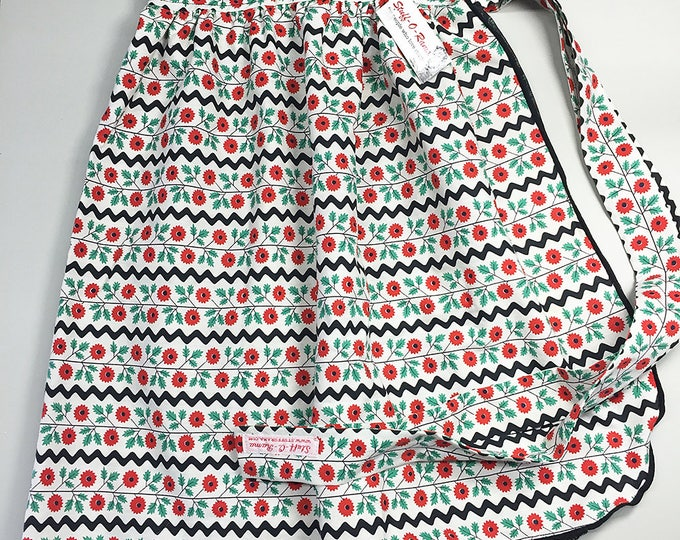 Half Apron - Vintage Pin Up Skirt Style - Rick Rack