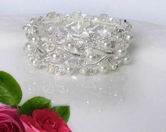 Adjustable Bracelet, Ivory Pearl bracelet, bridal jewelry, Ribbon bracelet, Bridesmaids Bracelet, Wedding Jewelry, Petitie to Plus size