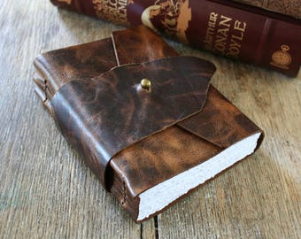 """Leather Journal . John Keats: """"Nothing ever becomes real  'till it's experienced"""" - dark brown . stud closure (320 pgs)"""