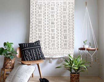 White Mudcloth Tapestry, Large Wallhanging, African Mudcloth Wall Hanging, Geometric Wall Art, Tassel Throw Tapestry, Bohemian Home Decor