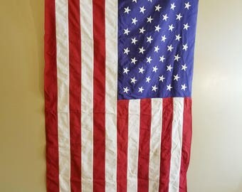 Vintage Cotton American Flag Bulldog Bunting