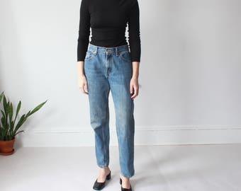 vintage Levi 550 jeans   vintage tapered levi jeans, small