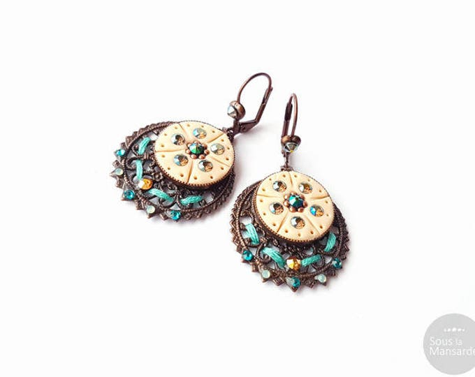 Round leverback earrings flat beige turquoise copper