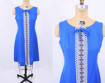 """1960s shift dress   bright blue embroidered sweet dress   vintage 60s dress   W 31"""""""