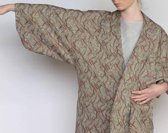 wanderer -- beautiful vintage kimono jacket size S/M