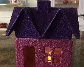 gORGEOUS~XMAS~GLITTER~HOUSE~pINK~&~pURPLE~lIGHT~uP~fILL~wITH~cANDY~cOOKIES~nON~fLAKING~cOATED~w~mOD~pODGE~hANDMADE~rOOF~