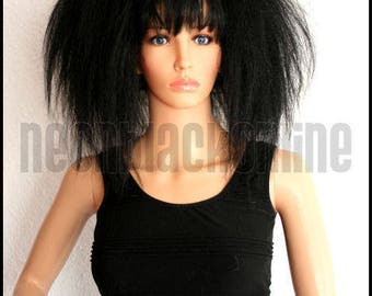 Black synthetic hair falls - Big and crimped style