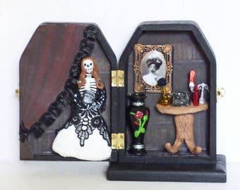 Shadow Box Art - Gothic 3D Art - Skeleton Doll Diorama - The Mad Poet Art Work