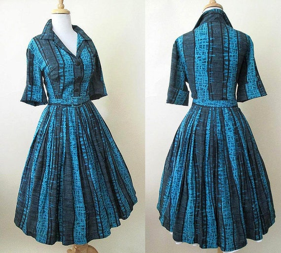 "Classic 1950's ""Shirt Waist"" Dress in Amazing Atomic Rayon Print Matching belt Rockabilly VLV Swing Dance size Large"