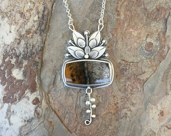 Burro Creek Agate and Fine Silver Necklace. Handmade Jewelry for Charity. NC127