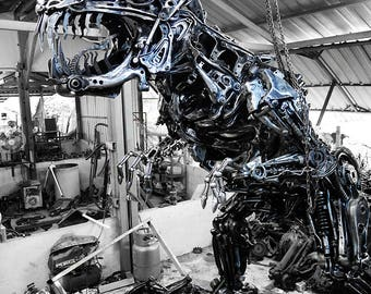 Recycled Metal Giant Dinosaur