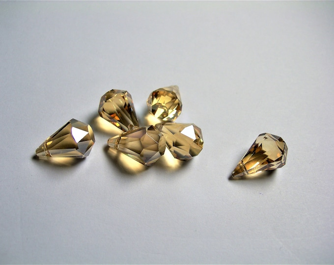Crystal briolette  - 6 pcs -11mmx17mm - top sideways drill - Faceted teardrop crystal  beads - yellow topaz - CBC16