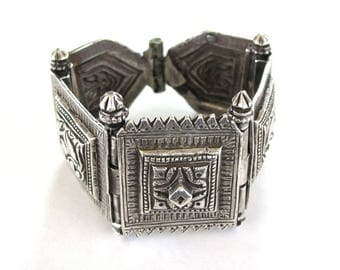 Antique Tamil Nadu Hinged Bracelet, Indian Silver Cuff Linked Bracelet, High Grade Silver, Five Repousse Panels, Ethnic Tribal, 125.3 Grams